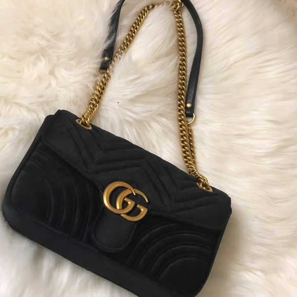 5211f27e0cc Gucci Handbags - Gucci marmont black velvet purse